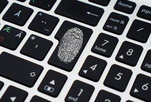 https://pixabay.com/de/daten-sicherheit-tastatur-computer-1590455/